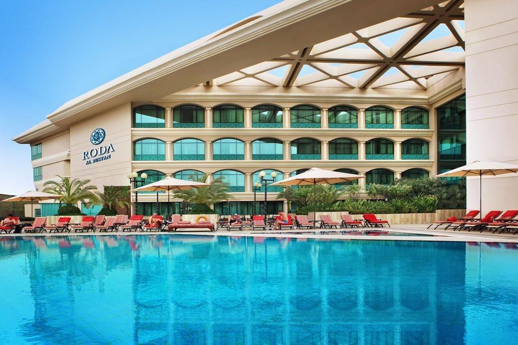 Mövenpick Dubai Grand Al Bustan