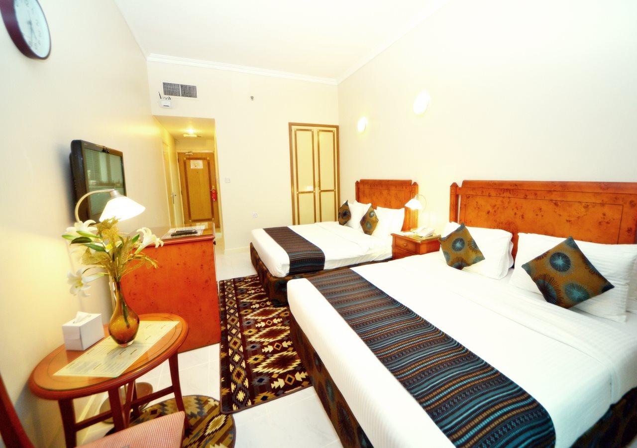 Nejoum Al Emarate Hotel