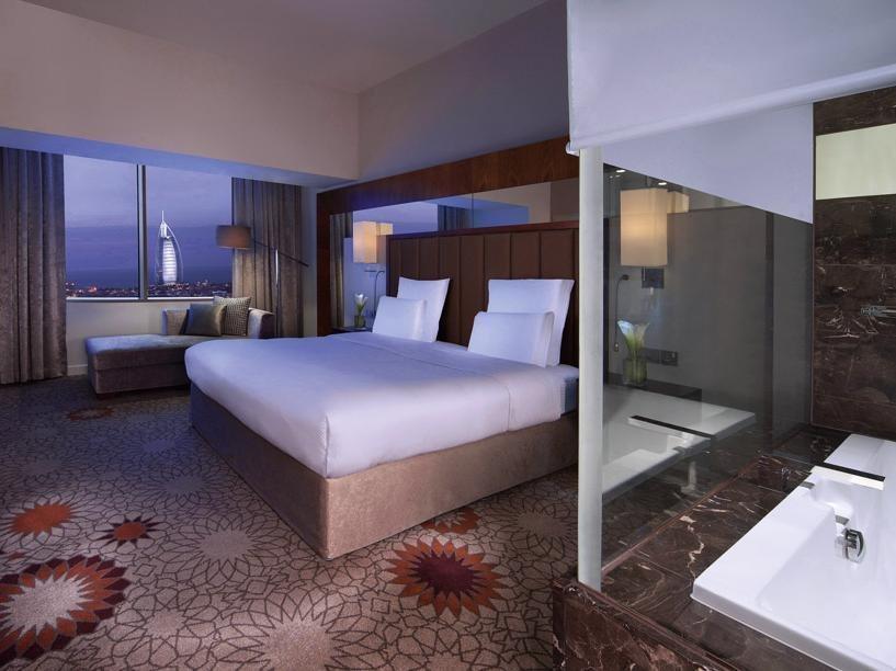 Sheraton Dubai Mall of the Emirates Hotel