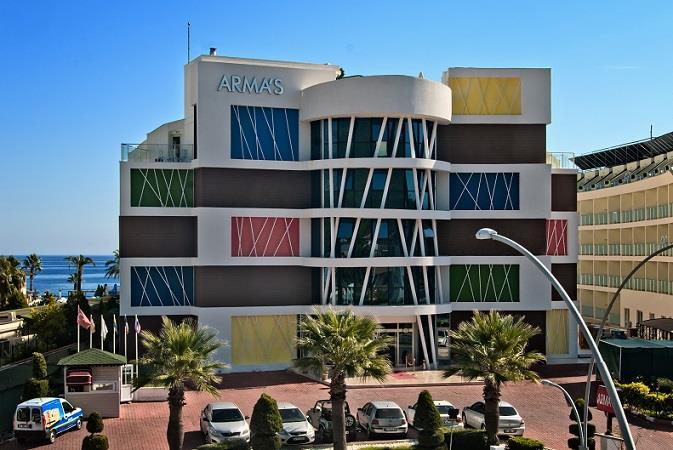 Arma's Beach Hotel