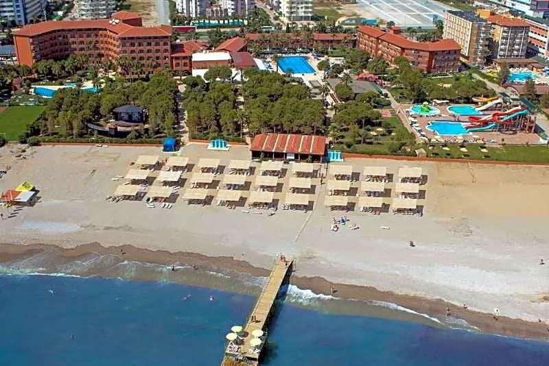 Club Turtas Beach