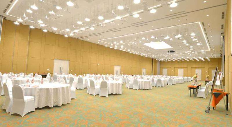 HARRIS Hotel & Conventions Denpasar