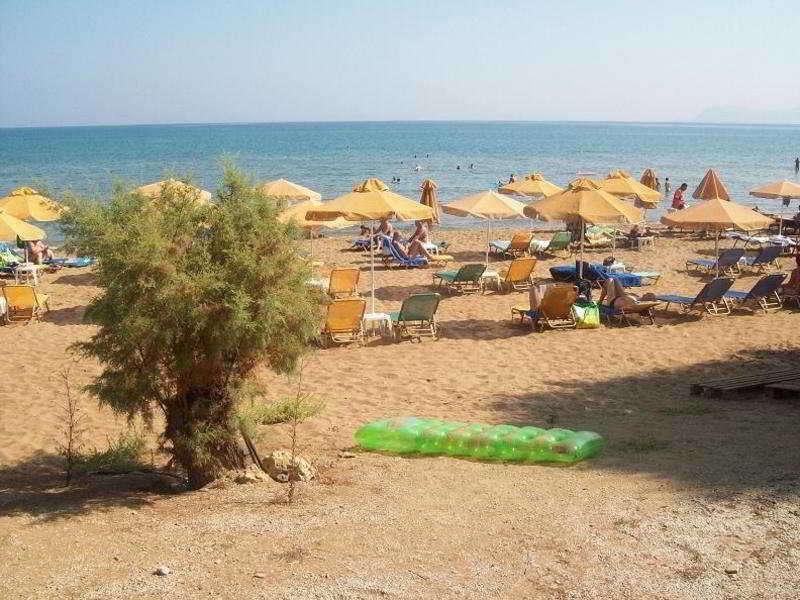 Kato Stalos Beach