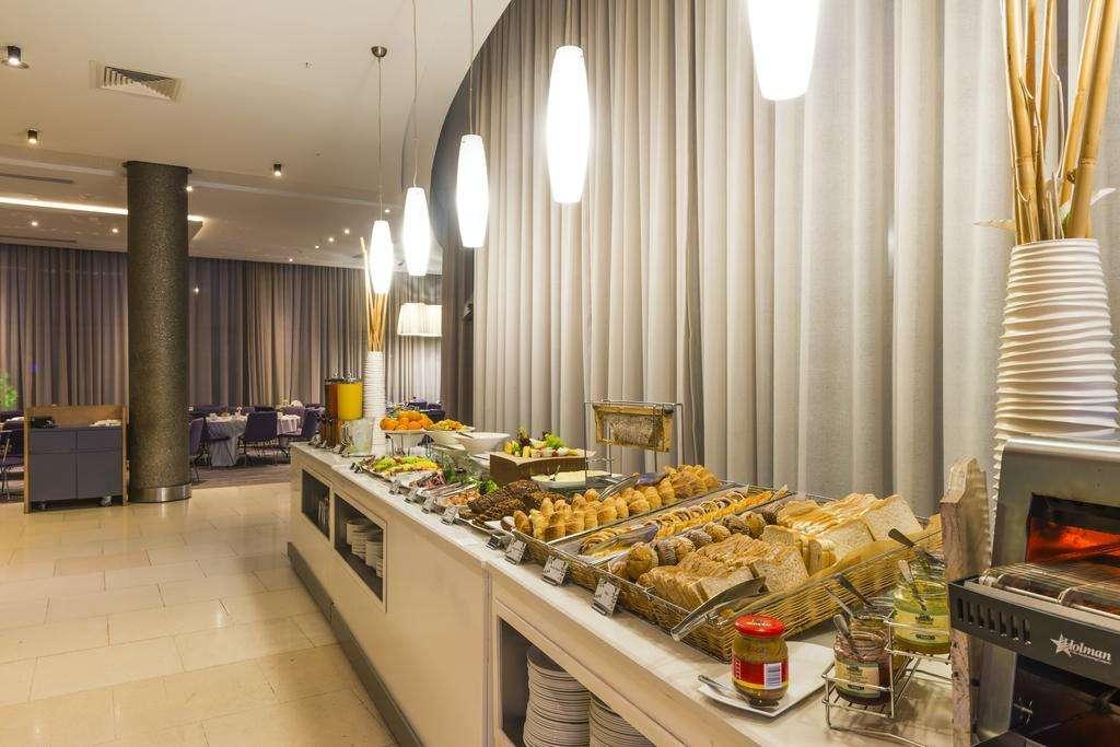 Three Cities Gateway Hotel - Umhlanga
