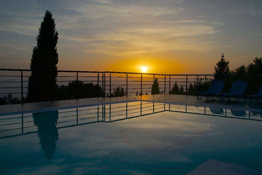 Vrionis Studios Panoramic Sunset